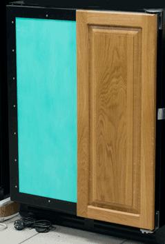 Винный шкаф с технической дверью